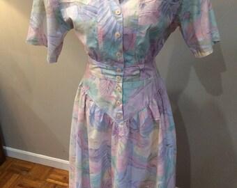 Vintage 1980's Carol Anderson pastel floral pretty dress!