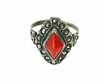 Vintage Red Coral, Marcasite & Silver Ring, Sterling Silver, Coral, Size 6.25 Vr692