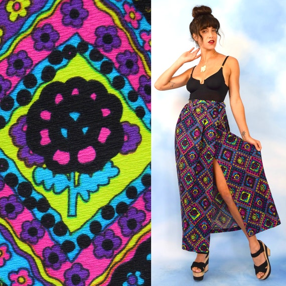 Vintage 70s Psychedelic Flower Power Print High Waisted Maxi Wrap Skirt (size xs, small)