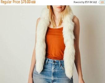 ON SALE - Vintage White Fur Scarf
