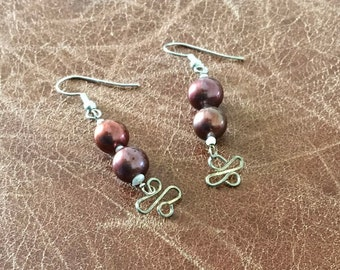 Coffee cultured pearl and handmade link earrings