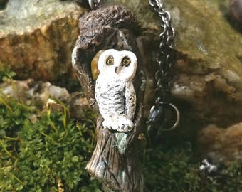 Snowy Owl Necklace, Miniature Owl Jewelry, Miniature Animal, Miniature Bird, Polymer Clay Necklace, Winter Wedding Necklace, Gifts for her