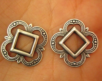 2PC highly detailed Openwork Fancy Square 19mm Oxidized Silver