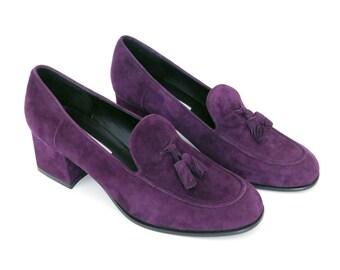 Sz 9M 90s Purple High Heel Suede Loafers - Vintage Women's Liz Clairborne Block Heel Tassel Pumps - Chunky Heel 1990s Shoes