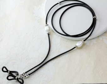 Pearl Leather Eyeglass Holder, Eyeglass Chain, Glasses Chain, Leather Lanyard, Eyeglass Lanyard, Eyeglass Necklace, For Her, Women's Gift