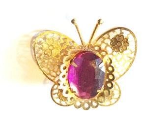 ONE DOLLAR SALE - Vintage - Pendant - Purple Butterfly - Lightweight and Sweet - Cute gift idea