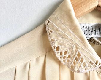 Buttercream Vintage Cut Out Collar Blouse / Art Deco Style Pleated Blouse / Pastel Lace Collar Romantic Top with Pleats