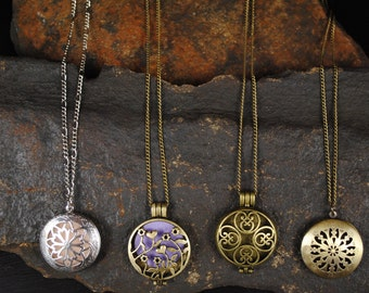 Essential Oil Diffuser Necklace , Antique Bronze or Silver Celtic Filigree Locket with 12 wool felt pads-Aromatherapy Necklace
