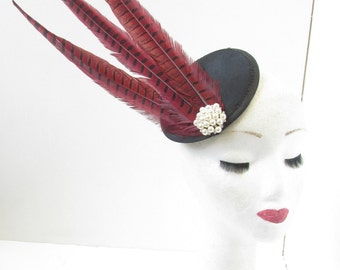 Red & Black Pheasant Feather Fascinator Pearl Headpiece Vintage Races 1940s V43