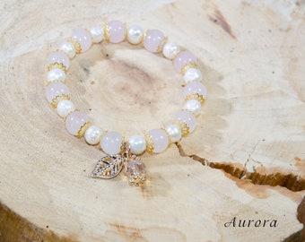 "Bracelet ""Aurora"". Material: Rose Quartz, Freshwater pearls."