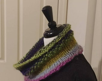 Wildflowers Knit Cowl