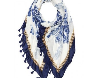 Beautiful Floral Sketch Print Large Scarf With Tassels
