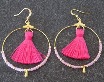 Hoop earrings gold, hot pink and assorted beads