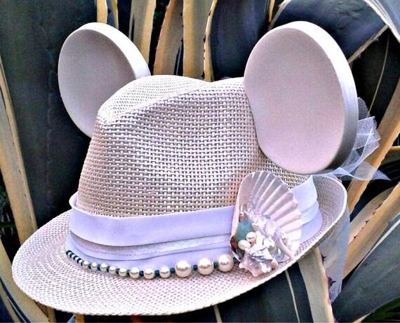 Mickey Bride. Bridal Mickey. Ariel Hat. Beach Bride.