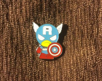 Captain hat pin