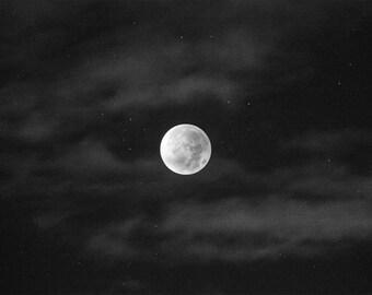 Moon Print, Black and White Moon Poster, Moon Art Prints, Black and White Moon Wall Art, Vintage Moon Print