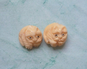Carved Bone Cat Beads
