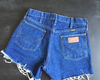 Vintage Wrangler Denim high waisted cutoff shorts size 30