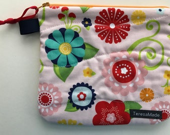 Small Pink Floral Zip Pouch