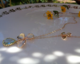 Gold chain, 585 gold filled, with flowers pendant and sparkly crystal
