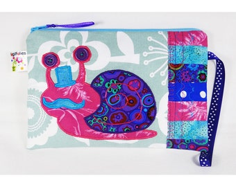 Snail Wristlet, Snail big pouch, Snail handbag, Snail school kit, colored wristlet, colored big pouch, colored handbag, snail