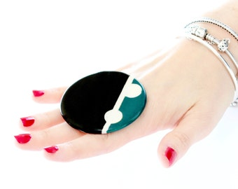 Statement Ceramic Ring -  Big ring, Bold ring, Geometric ring, Summer fashion, Cocktail Ring, Handmade ring by Studioleanne