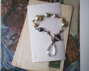 Beaded Charm Bracelet, Pearl and Crystal Bracelet, Boho Chic Jewelry for Women, Vintage Pearl Rosary Style Bracelet
