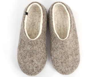 """Men's Organic Felted Wool Slippers, Handmade Felt, House Slippers, """"Dual Natural"""" White by Wooppers Woolen Slippers / useful gift for men"""