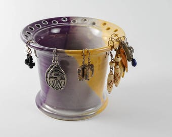 Earring organizer - earring stand -  earring bowl - earring storage - jewelry holder O179