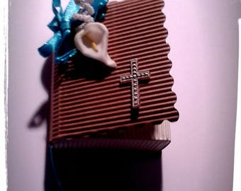 book box draees communion shape