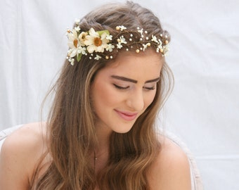 Rustic Floral Hair Vine of Ivory Daisies and Pearls, Beaded Woodland Wedding Hair Halo Flower Crown Boho Wedding Bridal Hair Wreath