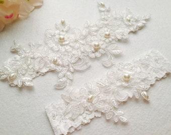 Wedding Garter , bridal garter, Tossing Garter, Keepsake Garter, wedding lace garter,Ivory Lace Garter、A05#
