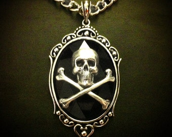 Black Skull Necklace // Gothic Necklace // Skull Jewelry // Skeleton Necklace // Psychobilly Necklace