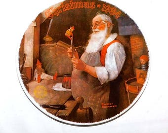 Vintage 1984 Norman Rockwell Collectors Plate - Santa in His Workshop - Limited Edition - Numbered - Knowles - Bradex