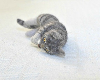 Needle Felted Cat / Custom Pet Portrait by Gourmet Felted / Gray Tabby