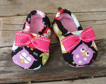 Baby Shoes / Owl Crib Shoes / Baby Girl