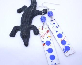 Boucles d'oreilles aquarelle peinte à la main, aquarelle bijoux, boucles d'oreilles légères, premier cadeau d'anniversaire, cadeau d'anniversaire en papier