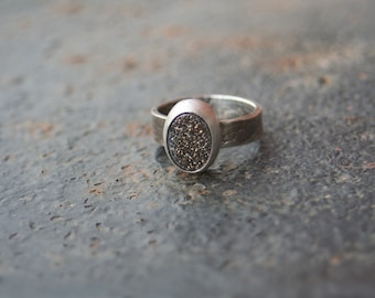 Titanium Gold Agate Druzy Bezel Setting Oxidized Sterling Silver Lizard Textured Ring SIZE 6.5