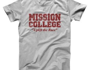 Mission College Maroon Retro School Daze Hillman 80S Pride Basic Men's T-Shirt DT0112