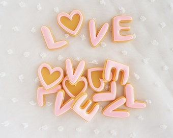 4pcs - LOVE Pink Iced Cookie Mix Decoden Cabochon (20x25mm) CKE021