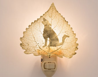 Real Cottonwood Leaf Dipped In 24k Gold With Coyote  - Wolf Silhouette Nightlight  - 24k Gold Leaves