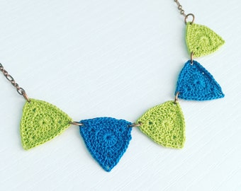 Bucktown Crochet Necklace in Apple Green / Dark Turquoise, Craft Fair Bunting Necklace, Geometric Triangle Jewelry, Gift for Her, Boho Chic