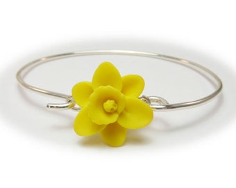 Daffodil Bracelet Sterling Silver Bangle - Daffodil Jewelry, March Birthday Birth Flower, Spring Flower Jewelry