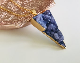 Raw crystal druzy necklace, bohemian jewelry , pendant , geode, geometric jewelry , natural crystal pendant , necklace , triangle crystal