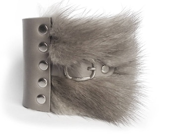 Leather bracelet with fur gray cuff