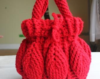Women's Crochet Handbag with 3D Leaves