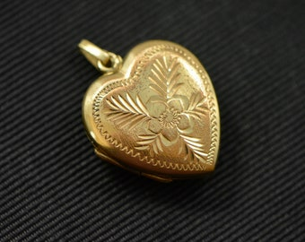 Vintage Heart Locket, 1940s, Sweetheart, Mother's Day