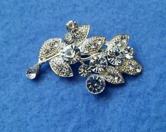 Vintage Rhinestone Leaf Pendant Brooch Pin, silvertone costume jewelry