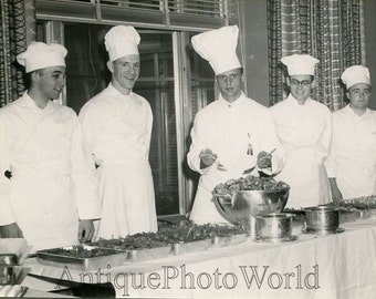 Culinars chefs cooking food vintage photo by Tranquille