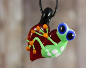 Frog Necklace, Frog Jewelry, Frog Pendant, Frog on a heart Pendant, Frog, Glass Frog, Heart Necklace, Frog on a heart Necklace, Love Pendant